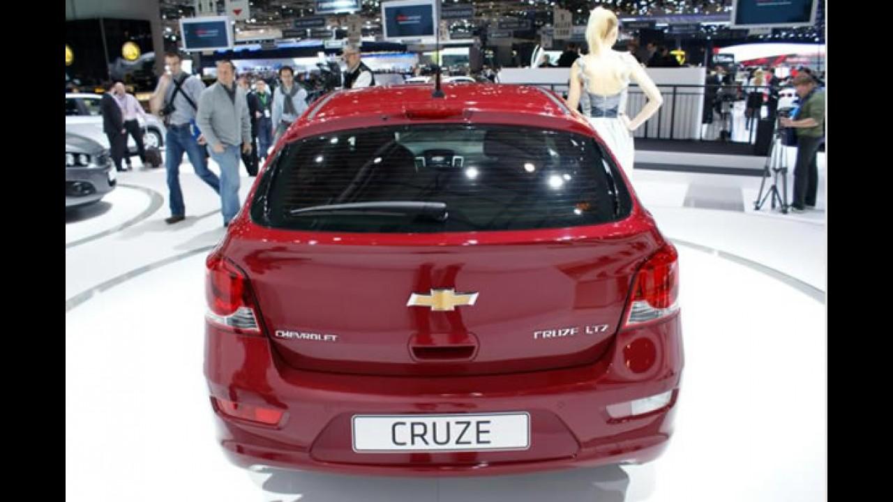 """Futuro """"brasileiro"""": Chevrolet Cruze Hatch ao vivo em Genebra"""