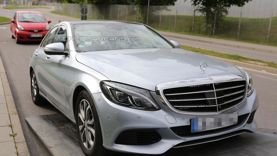 Mercedes C-Class Plug-in Hybrid could return 117.6 mpg - report