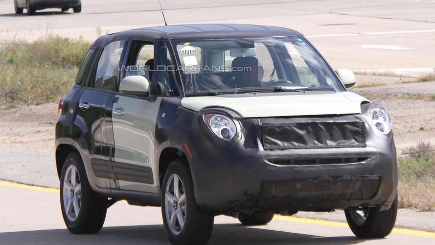 Fiat 500X / Jeep Junior return in spy video