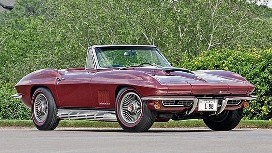 1967 Chevrolet Corvette L88 Convertible fetches 3.4M USD at auction [video]