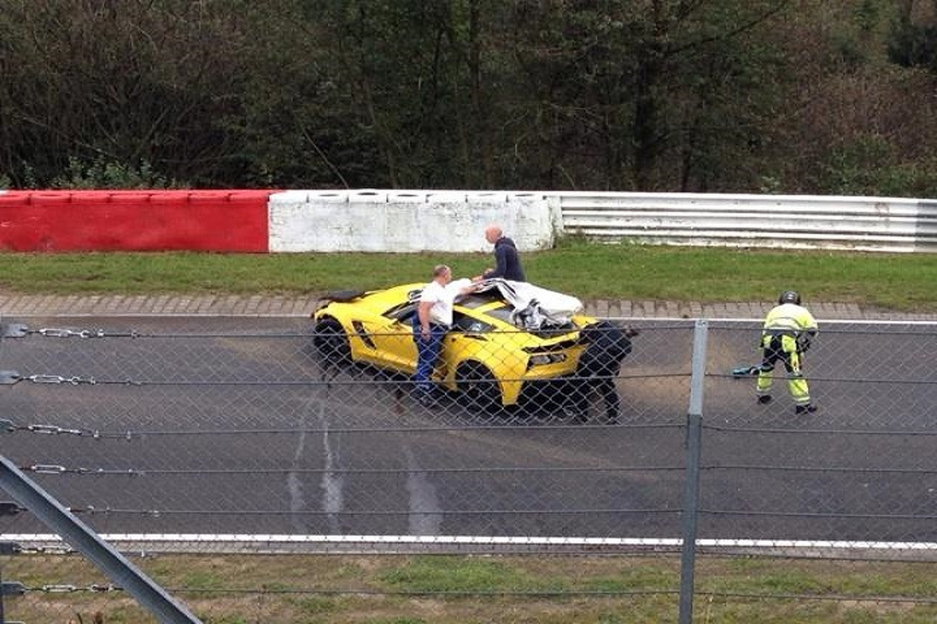 2015 Corvette Z06 Meets The Wall at Nürburgring
