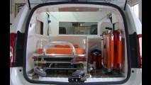 Este é um Duster esticado em inédita versão ambulância