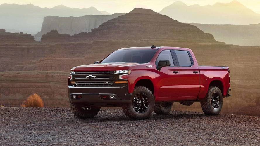 Watch The New 2019 Chevrolet Silverado Reveal Live At Motor1.com