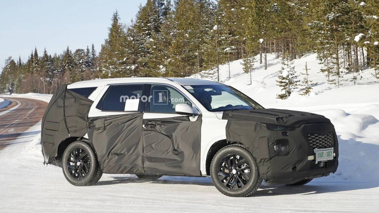 Three-row Hyundai SUV