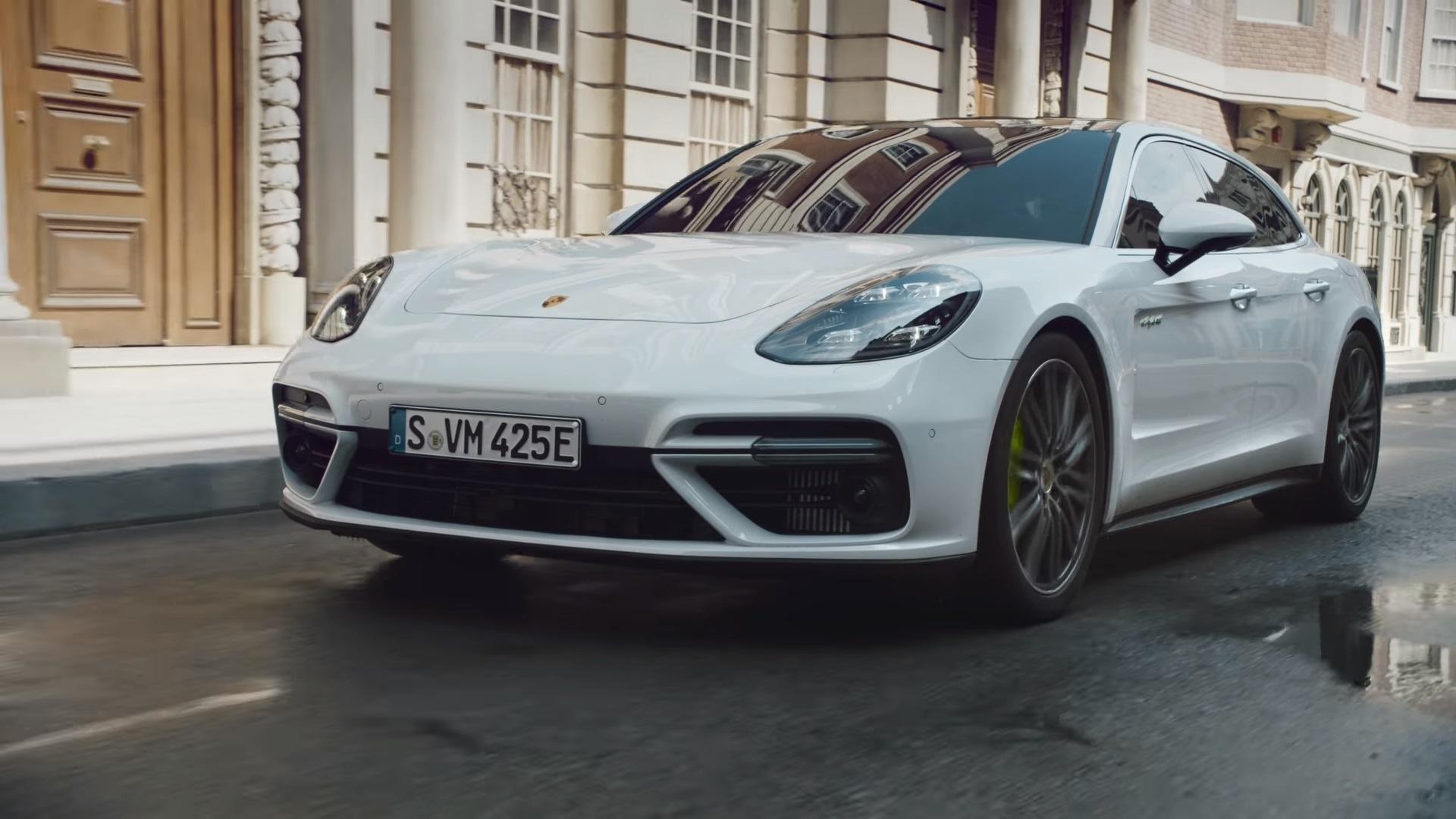 2017 Acura Nsx For Sale >> Porsche Panamera Turbo S E-Hybrid News and Reviews | Motor1.com