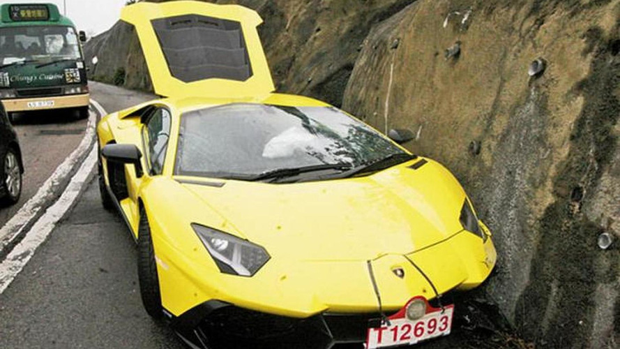 Lamborghini Aventador LP 720-4 50 Anniversario crashed in Hong Kong during test drive