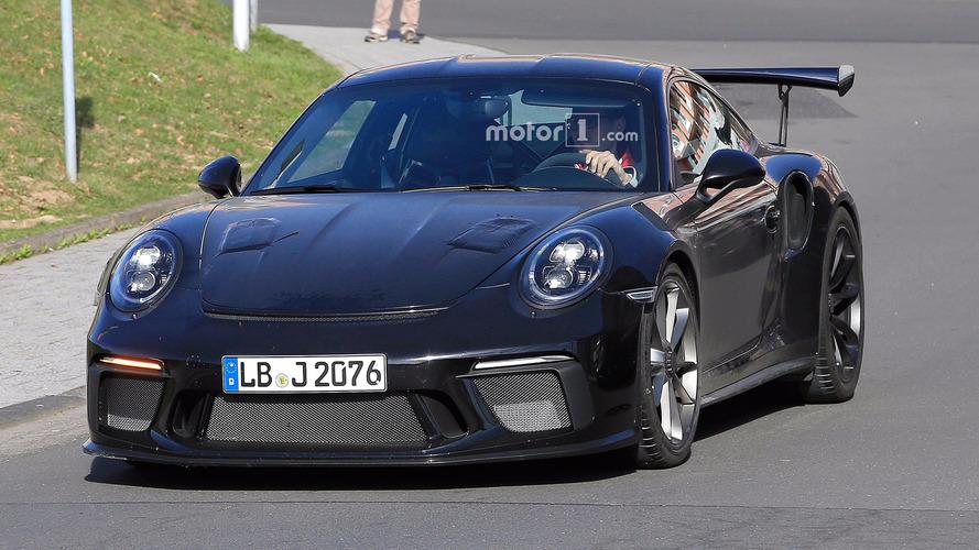 Photos espion - La Porsche 911 GT3 RS restylée surprise sur la route