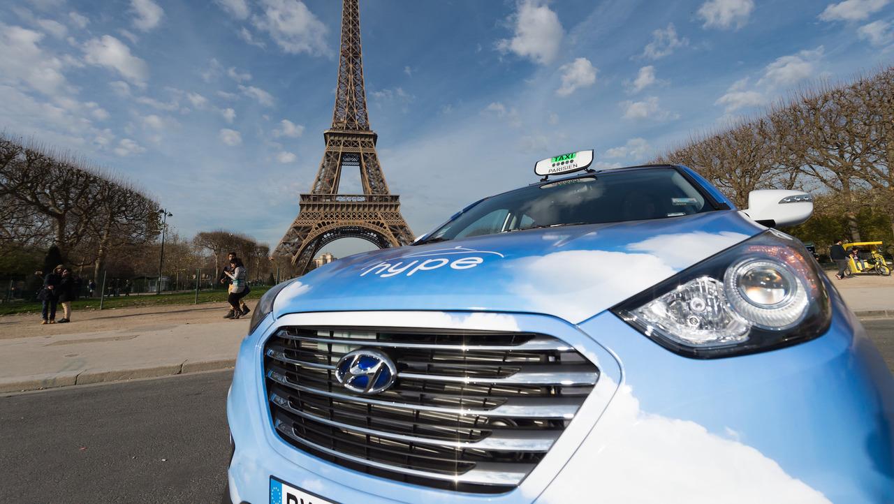 Hyundai yakıt hücreli taksi