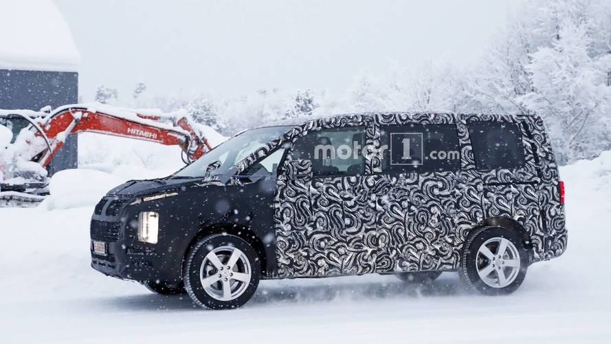 All-New Mitsubishi Delica Is Not Your Typical Spy Photo Subject