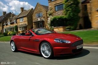 Aston Martin DBS Volante