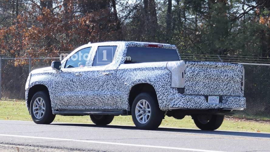 Yeni Chevrolet Silverado ve GMC Sierra karbon fiber kasalara sahip olabilir