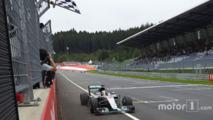 Lewis Hamilton, Mercedes AMG F1 W07 Hybrid takes the win
