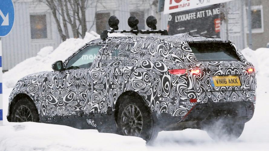 Range Rover Sport Coupe kavisli arka bölümüyle görüntülendi