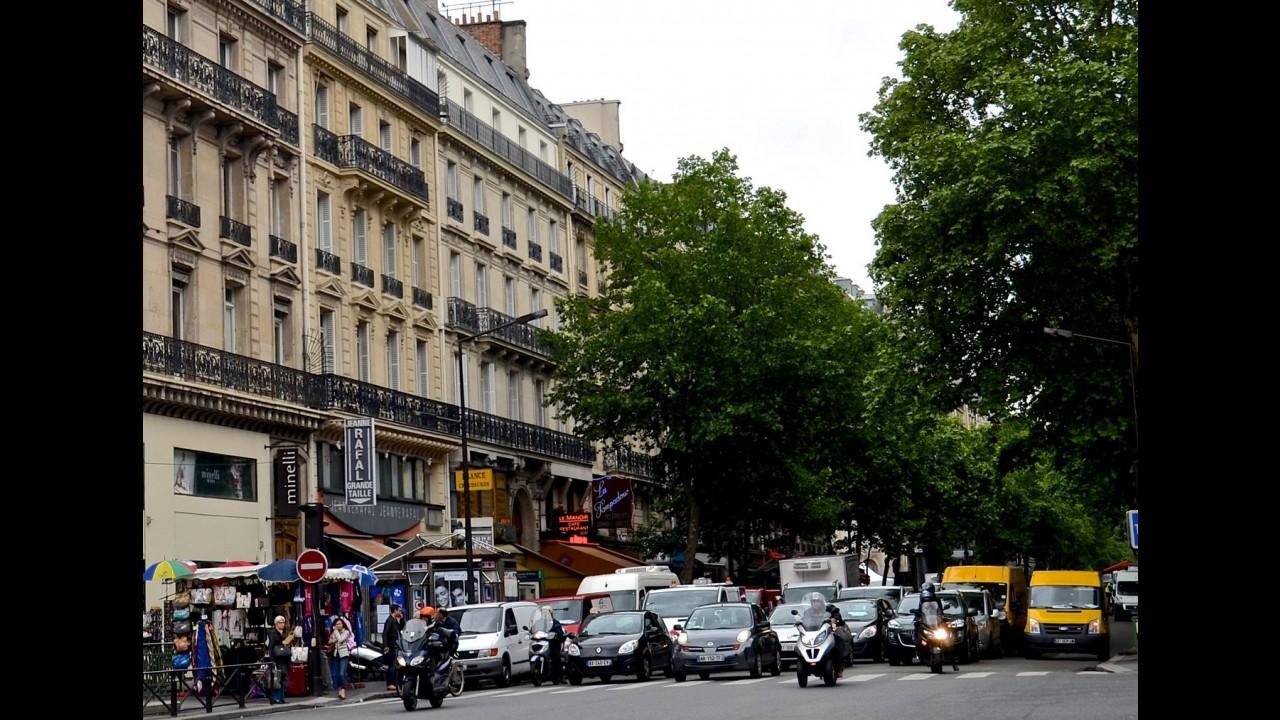 """""""Energia do passado"""": Paris confirma intenção de banir carros a diesel até 2020"""