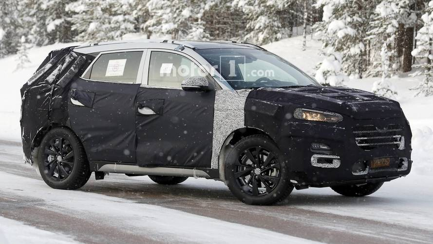 Hyundai Tucson Facelift Keeps Full Body Camo In New Spy Shots