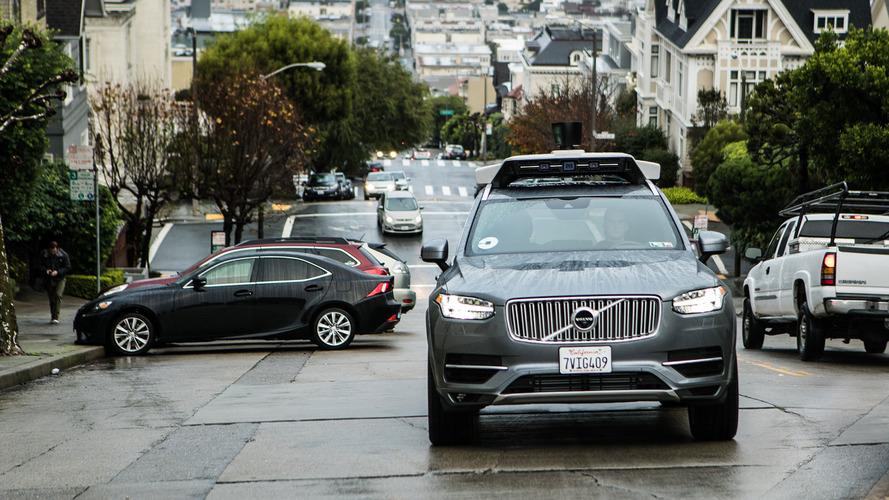 Uber'in otonom sürüş denemeleri yasaklandı