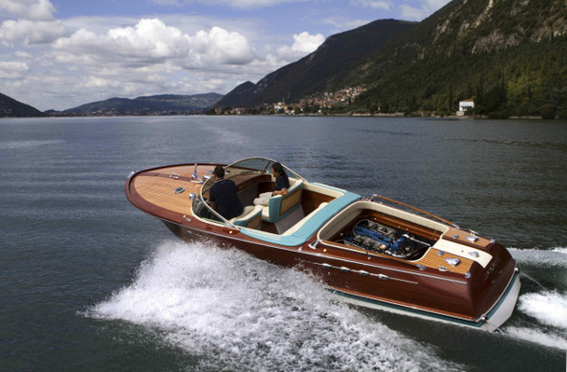 Twin-V12-Powered Speedboat Owned by Ferruccio Lamborghini Completely Restored