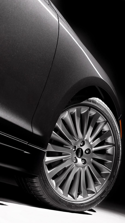 2013 Lincoln MKZ officially revealed [videos]
