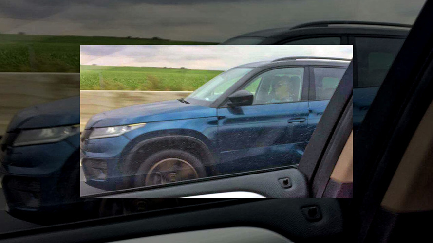 Skoda Kodiaq spotted almost uncovered [UPDATE]