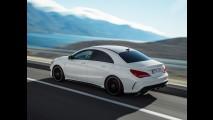 Mercedes CLA 45 AMG: novas imagens, 360 cv e tração integral