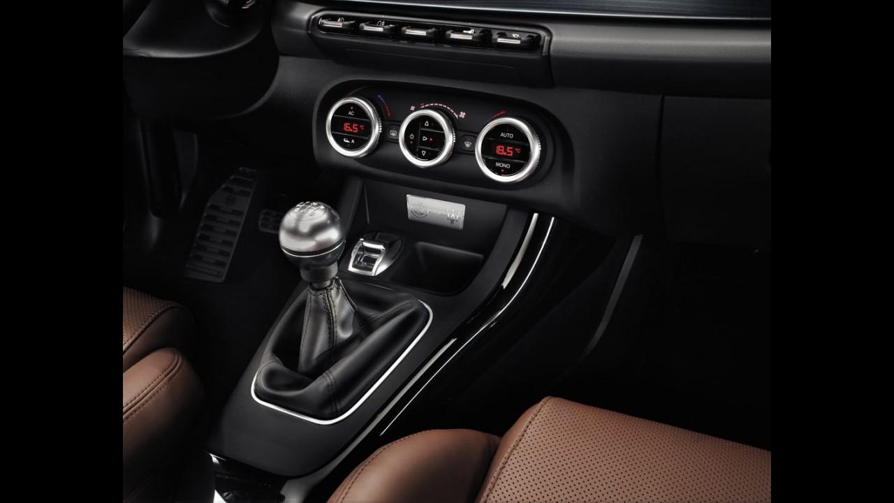 Maserati elege Alfa Romeo Giulietta Quadrifoglio como carro reserva para clientes