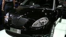 https://icdn-5.motor1.com/images/mgl/e02W/s5/2007-31223-exclusive-new-lancia-ypsilon-sport-momodesign1.jpg