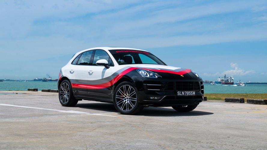 Un Porsche Macan Turbo con 'vestimenta' de competición