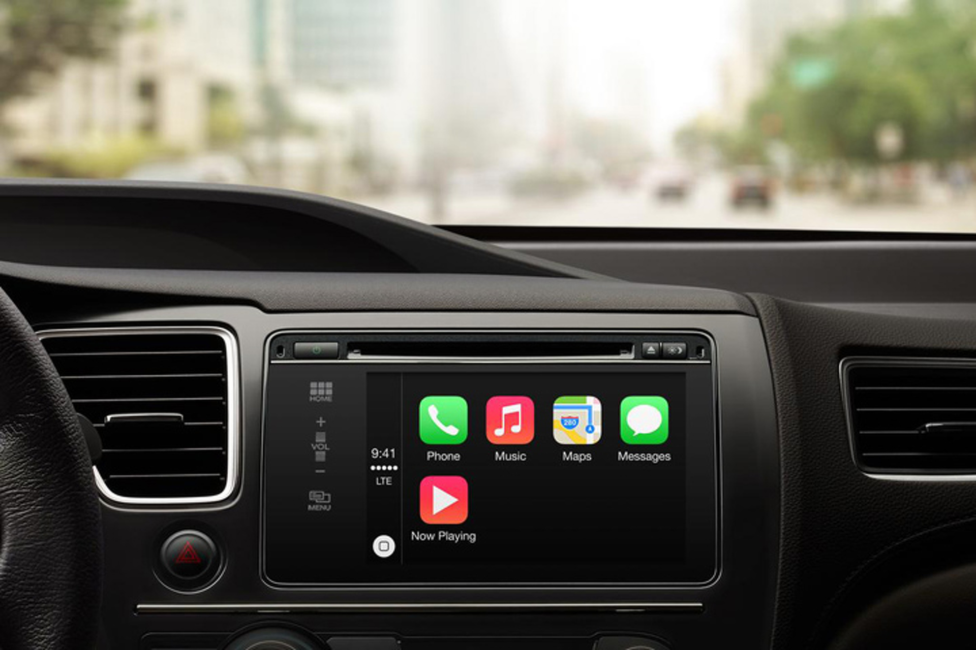 Apple CarPlay: Big Help or Big Distraction?