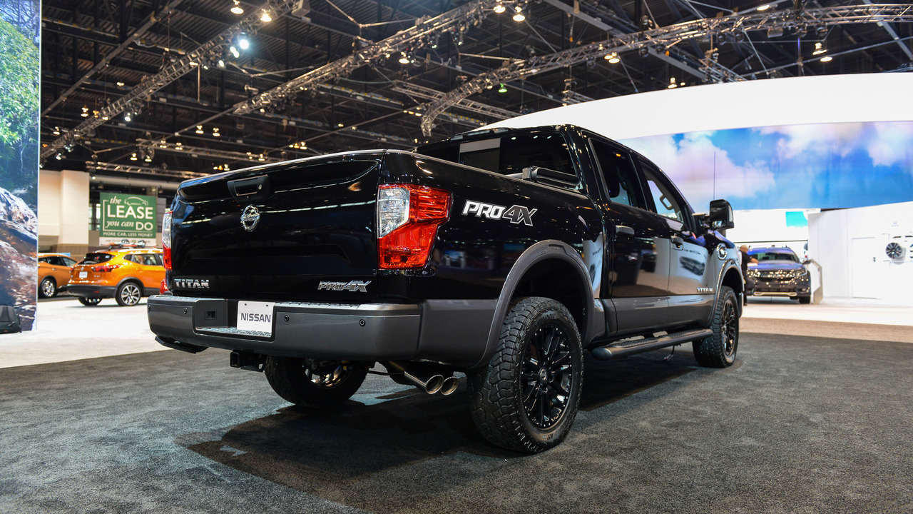 2017 Nissan Titan Titan Xd Concepts Show Range Of Dealer Accessories