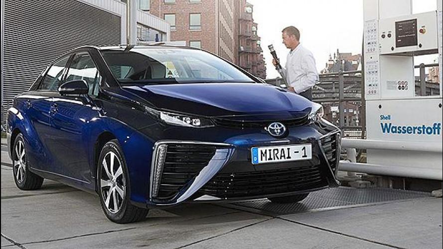 Toyota, entro il 2020 almeno 30.000 auto ad idrogeno