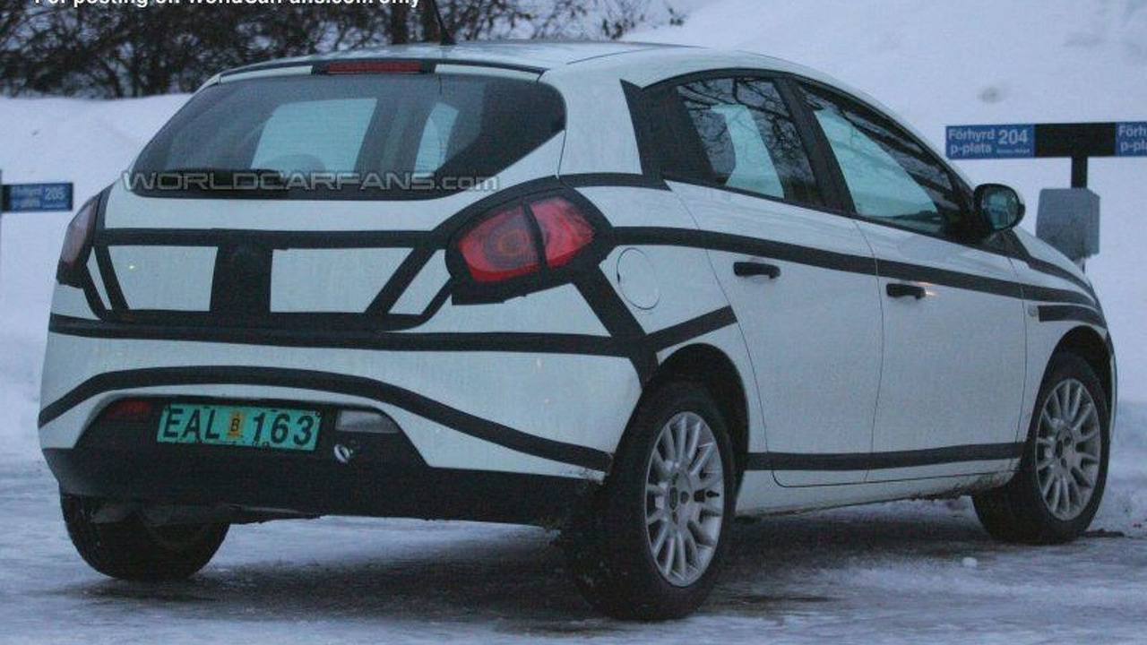 SPY PHOTOS:New Fiat Bravo-Brava