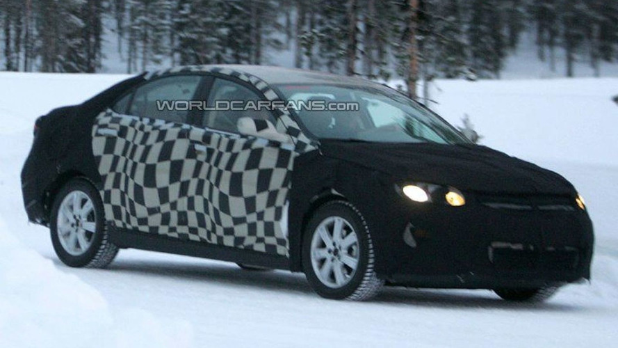 SPY PHOTOS: All New Roewe 450