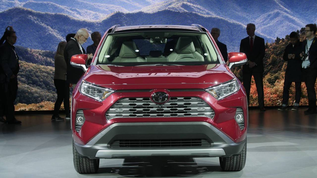 9 things to know about the 2019 toyota rav4. Black Bedroom Furniture Sets. Home Design Ideas