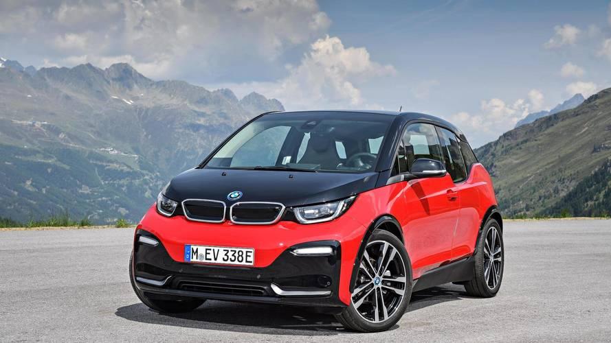 Así aceleran los 7 coches eléctricos más rápidos de nuestro mercado