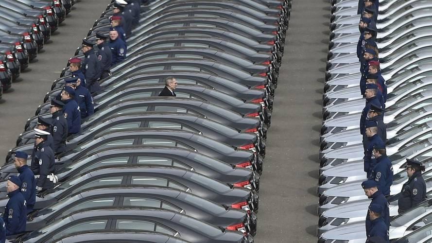 570 új autóval korszerűsödik a rendőrség járműparkja