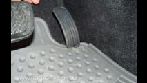 Recall: Toyota convoca 3,8 milhões de carros devido a tapete que pode prender o acelerador