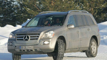 SPY PHOTOS: Mercedes GL Bluetec