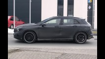 Mercedes-Benz GLA 45 AMG é flagrado na Alemanha
