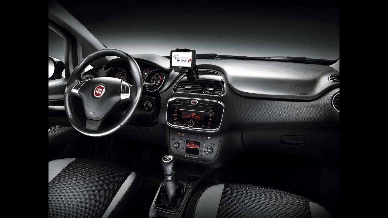 Fiat Punto europeu chega ao México em versão única custando o equivalente a R$ 42.800