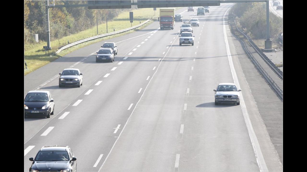Platz 2: Notorische Linksfahrer auf der Autobahn (16 Prozent)
