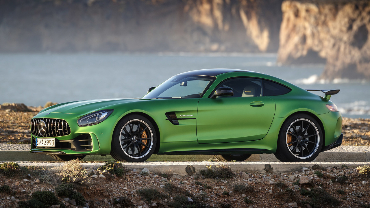 2018 mercedes amg gt r first drive photos for 2018 mercedes benz amg gt