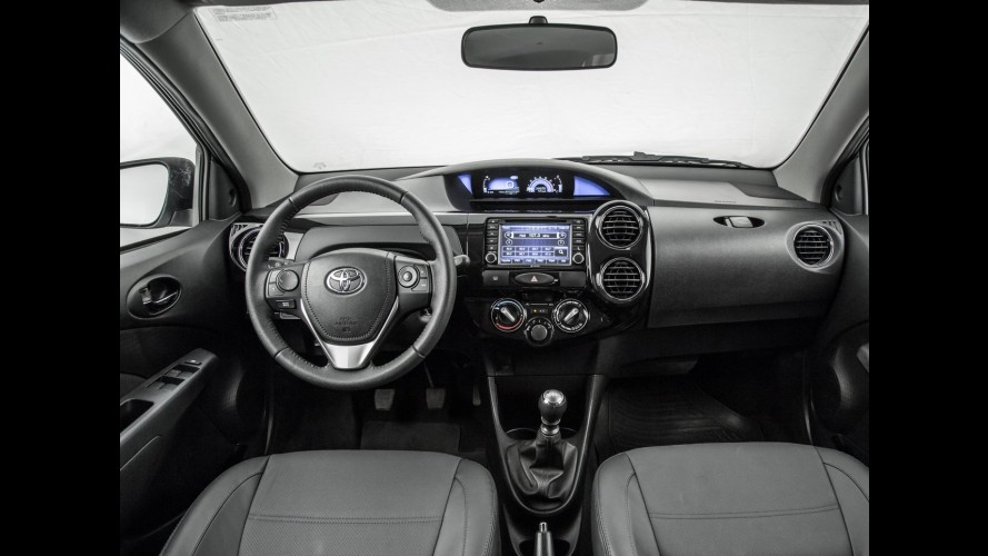 Toyota Etios Platinum 2017 chega com visual exclusivo e preço inicial de R$ 62.490