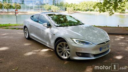 La Tesla Model S se vend mieux que les BMW Série 7 et Mercedes Classe S