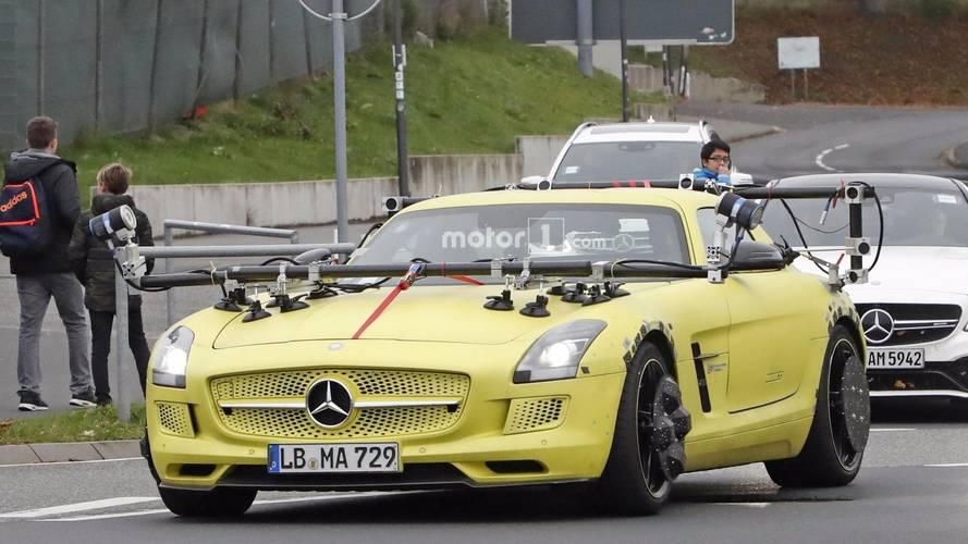 Mercedes SLS AMG Electric Drive'ı test ediyor, ama neden?
