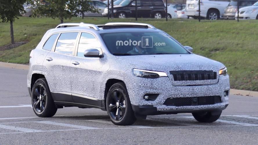 Flagra Jeep Cherokee 2018