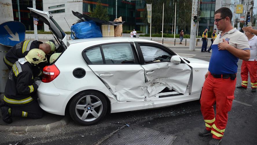 Négy autó rohant egymásba a Kerepesi úton