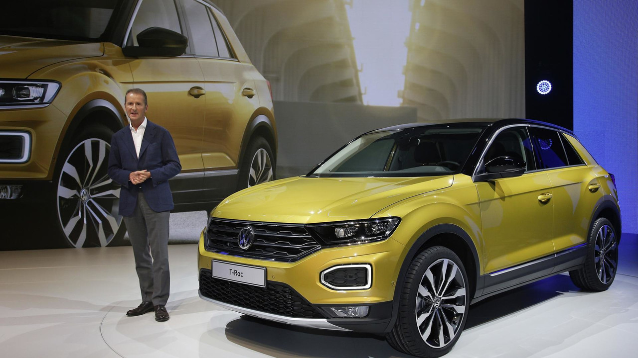 2018 Vw T Roc Gets Its 15 Minutes Of Fame In Official Videos