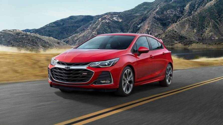Chevy Halving Cruze Production Amid Falling Demand