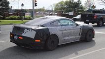 Ford Mustang Shelby GT350 veya GT500 casus fotoğrafları