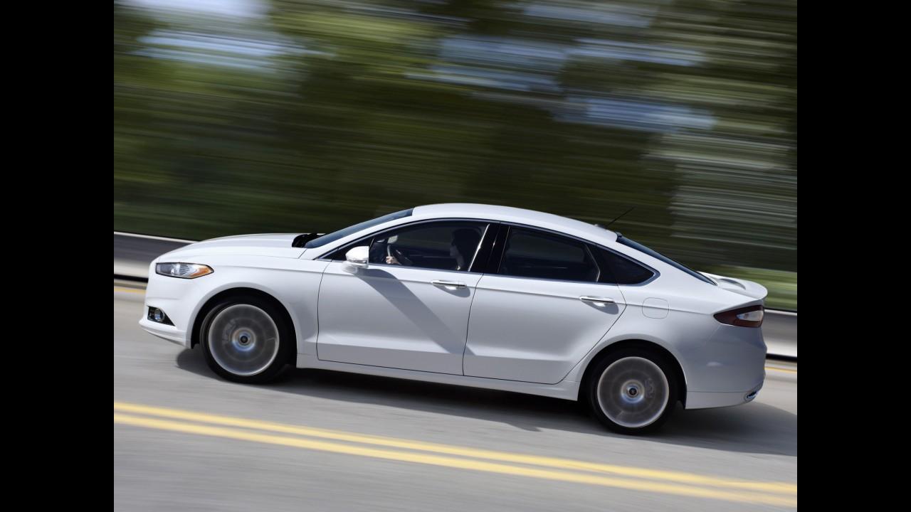 Ford Fusion passa a ser produzido também nos EUA